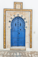 tunisia porta tradizionale stock-photo-51006720-traditional-door-in-street-of-sidi-bou-said-tunisia